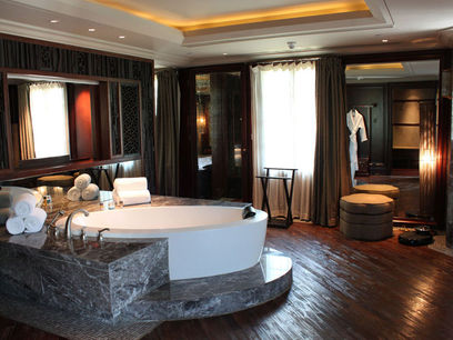 Intercontinental expo shanghai for Decoracion para jacuzzi