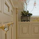 artica and knobs by mestre