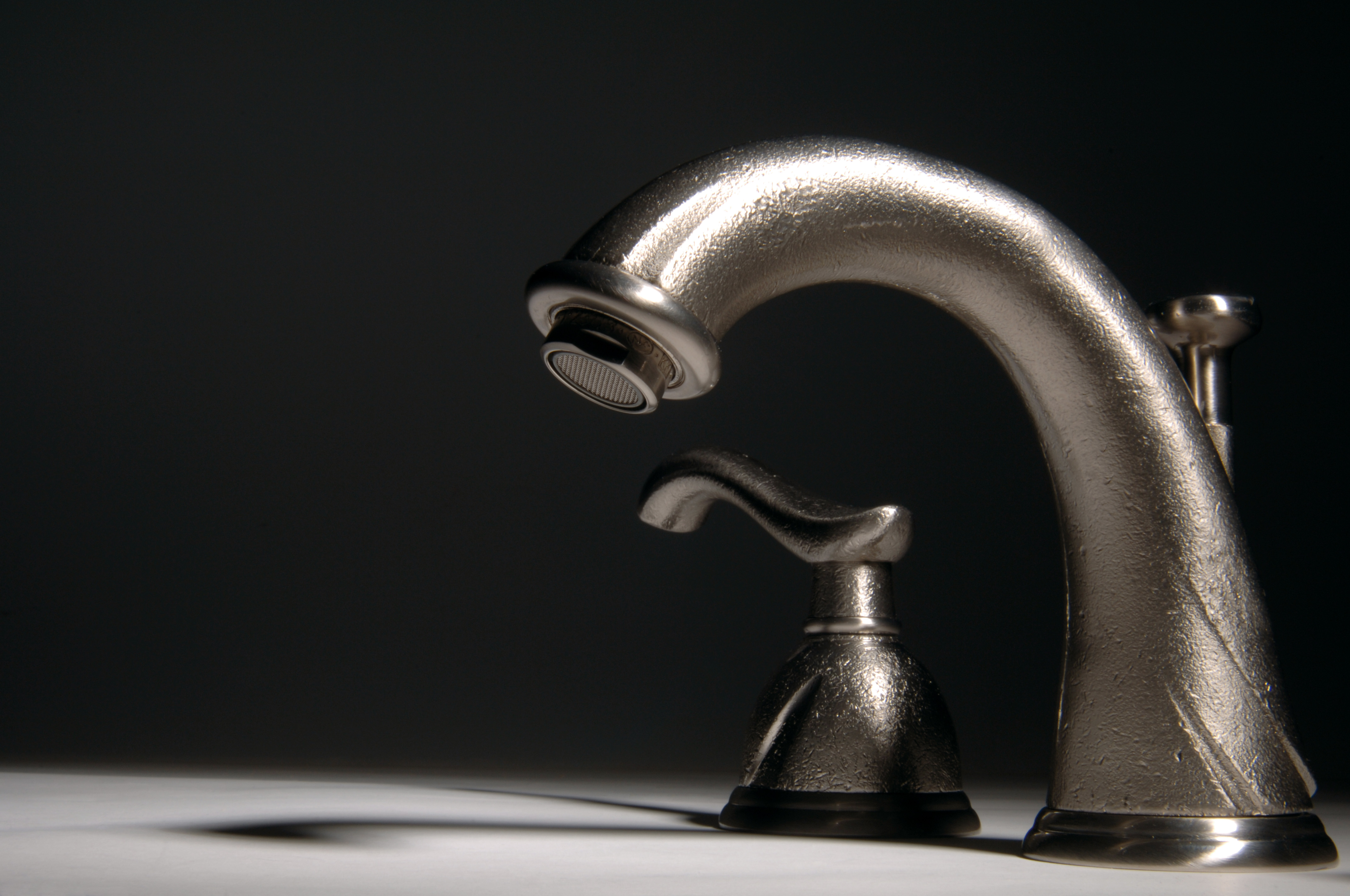 Luxury faucets and handles in the Houzz online shop