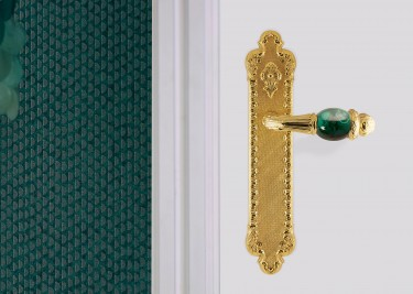 classic door handle exclsuive handicraft precious stones malachite bronces mestre spain_ treasure LR